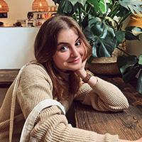 Наташа Леонова